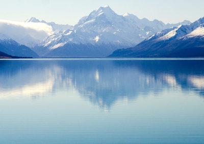 Aoraki / Mt Cook across Lake Pukaki